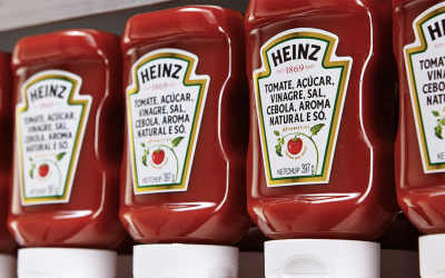 O marketing por trás do 'rótulo sincero' do ketchup Heinz
